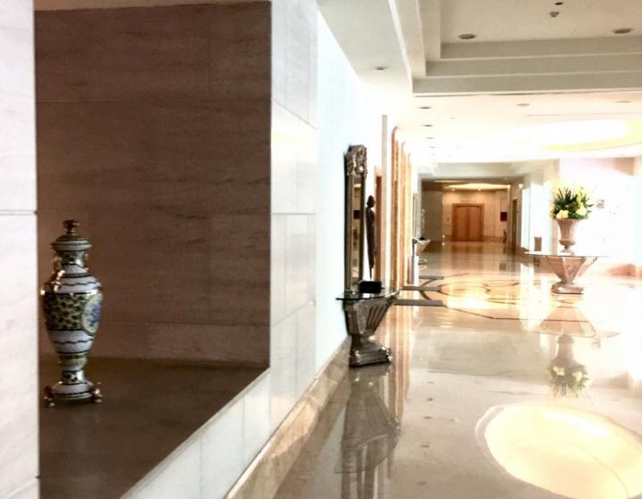 Bright and Elegant Lobby Lounge